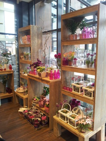 inrichting-steigerhout-bloemenwinkel-veendam (2)