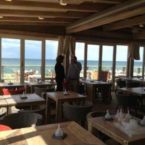 inrichting-steigerhout-restaurant-katwijk-aan-zee (1)
