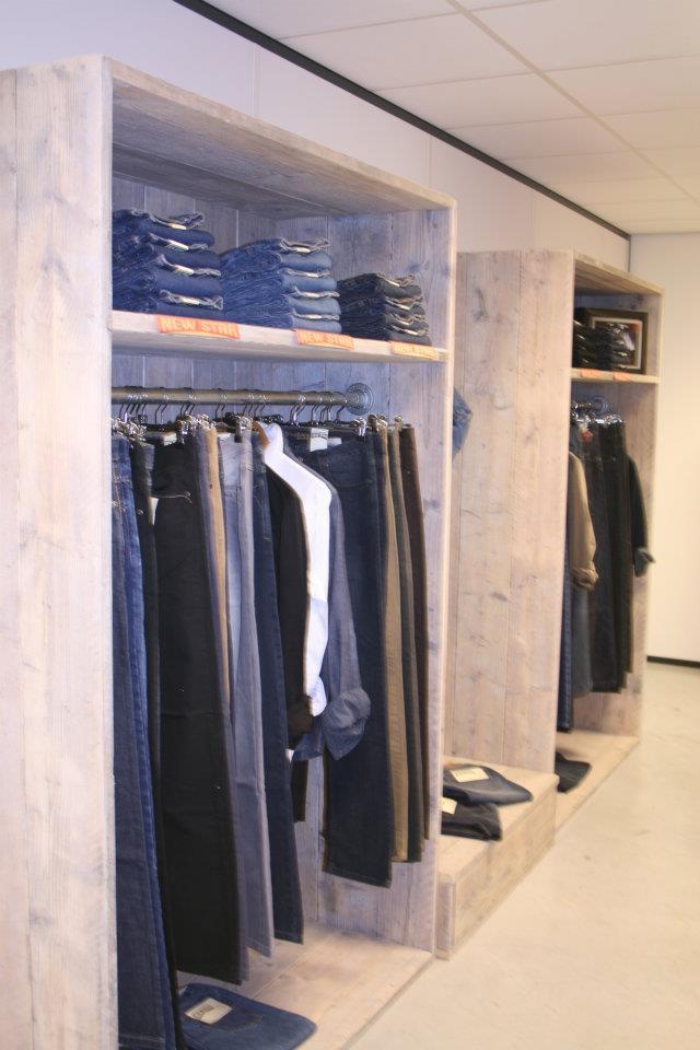 retailinrichting-steigerhout-kledingwinkel-dronten (2)