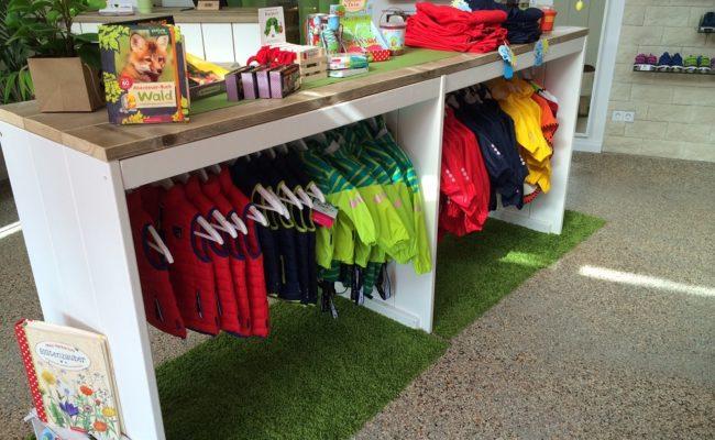 steigerhouten-inrichting-kledingwinkel-kinderen-rotterdam (2)