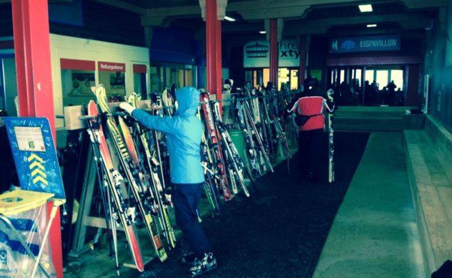 steigerhouten-inrichting-terras-ski-piste-oostenrijk (2)