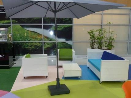 terrasinrichting-nieuw-steigerhout-lunchroom-zwolle (1)