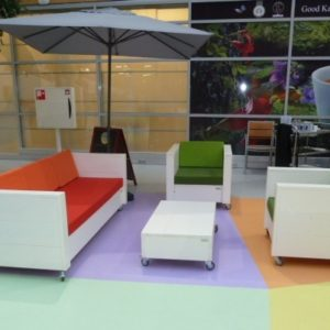 terrasinrichting-nieuw-steigerhout-lunchroom-zwolle (2)