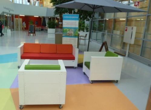 terrasinrichting-nieuw-steigerhout-lunchroom-zwolle (4)